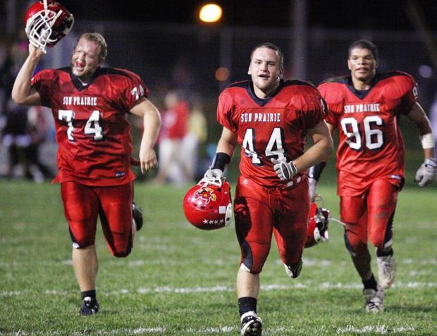Prep football: Sun Prairie tops Middleton in battle of Big Eight unbeatens : Prep-zone
