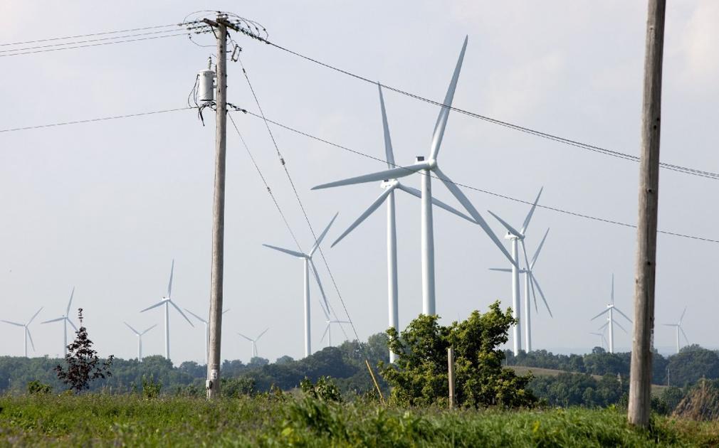 Legislature again considers tighter wind farm rules