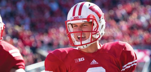 Football: Wisconsin heads east to play Rutgers