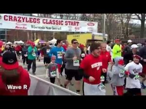 Video: Waves A through Z start their races at the 2015 Crazylegs Classic