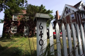 City struggles with possible sales of landmark homes in James Madison Park
