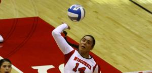 Volleyball: Wisconsin sweeps Minnesota at home and away