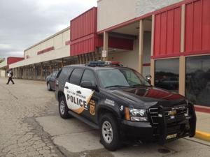 Racine man charged with 'brazen' daylight gunpoint robbery of grocery store
