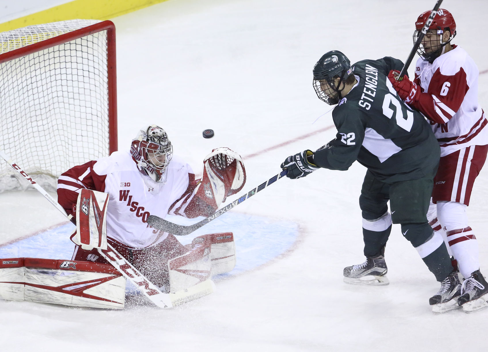 BIG10: Badgers - Goalies On More Even Footing After Wisconsin's Last Bye Weekend