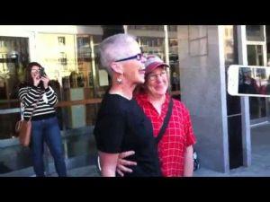 Raw video: Marriage ceremony serenade