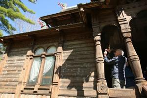 Photos: Stave church at Little Norway