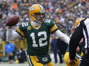 Video: Aaron Rodgers hits nothing but net in 45-yard pass
