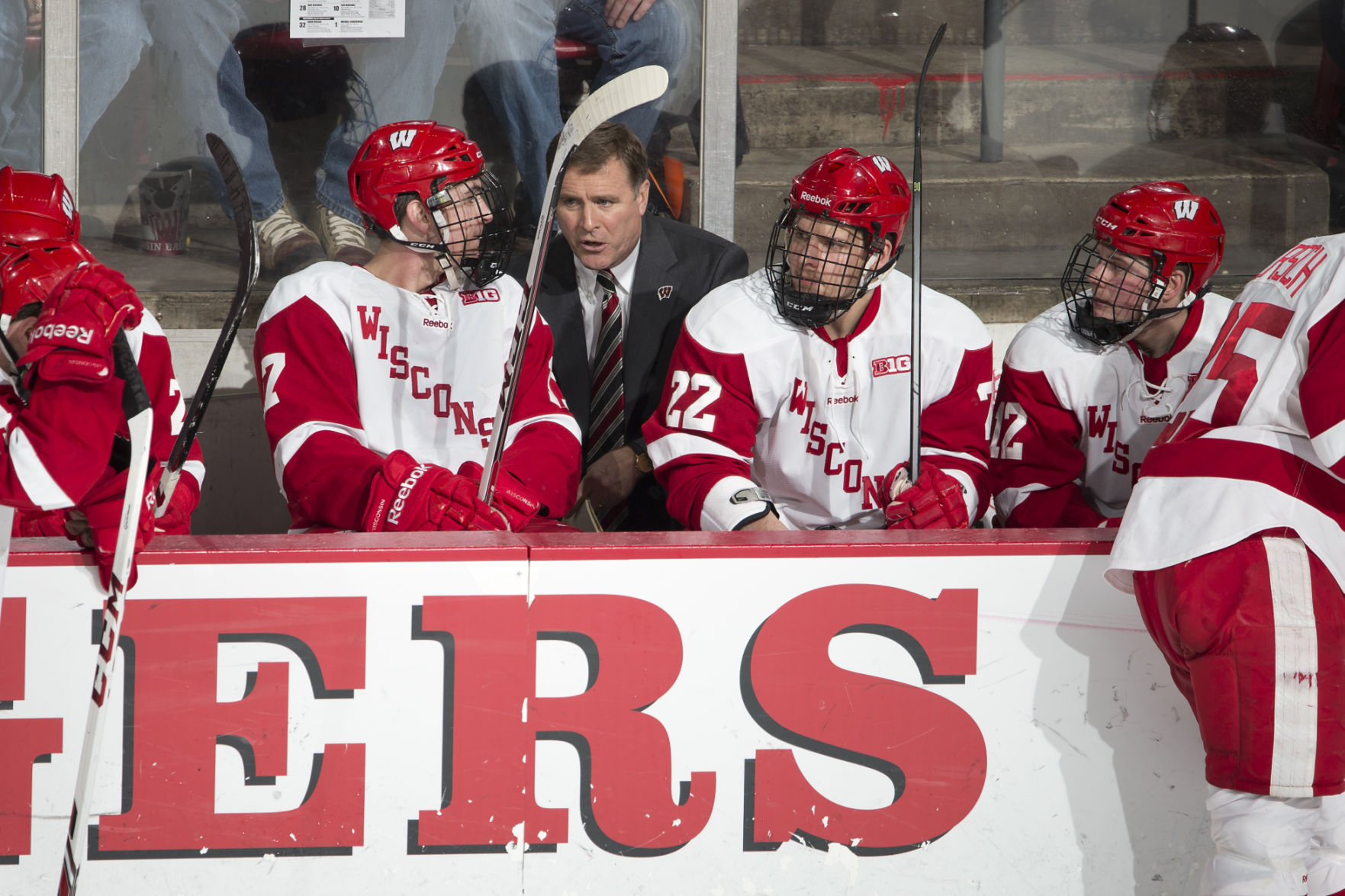BIG10: Badgers - Michigan State Goaltender Jake Hildebrand Stymies UW