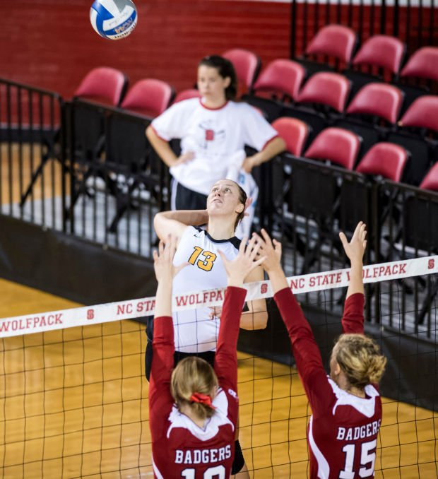 Badgers volleyball: UW adds two elite transfers for next season
