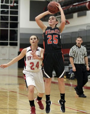 Photos: Verona and Sun Prairie girls basketball