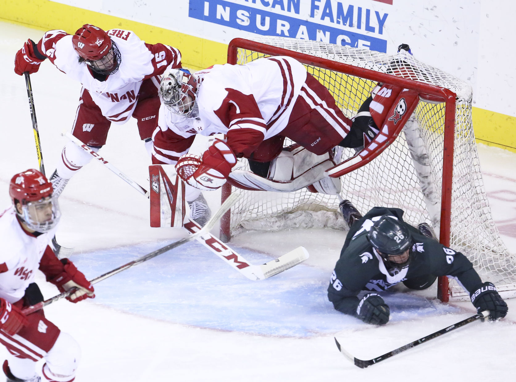 BIG10: Badgers - Balanced Scoring Leads To Win Over Michigan State