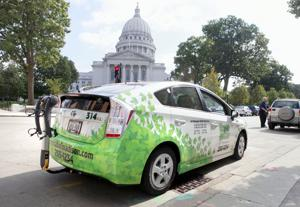 Crash rates for Madison taxis fall, still higher than for other vehicles