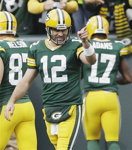 Packers: Aaron Rodgers the better option as Green Bay rocks Cam Newton, Carolina
