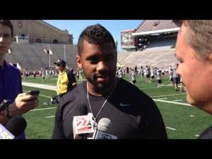 Video: Former Badgers QB Russell Wilson returns to Madison for his annual passing academy