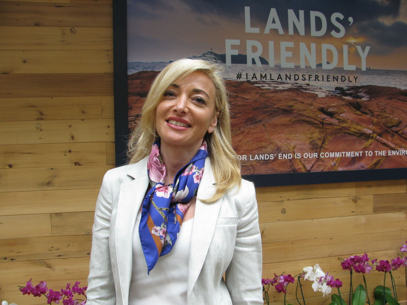 Lands' End CEO steps down, effective immediately