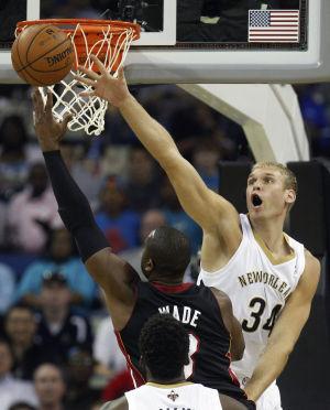 NBA: Ex-Randolph, Badgers star Greg Stiemsma signs with Toronto Raptors