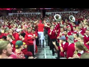 Badgers senior Frank Kaminsky celebrates with the UW Grateful Red