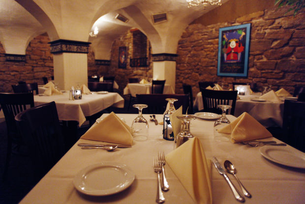 Kennedy Manor Dining Room And Bar 1 Langdon St Great Spots In