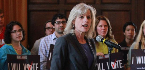 Mary Burke meets with students, hosts teleconference on student issues