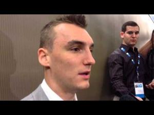 Video: At 6-9 & 230 pounds, Badgers' Sam Dekker says 'I'm bigger & I feel healthy'