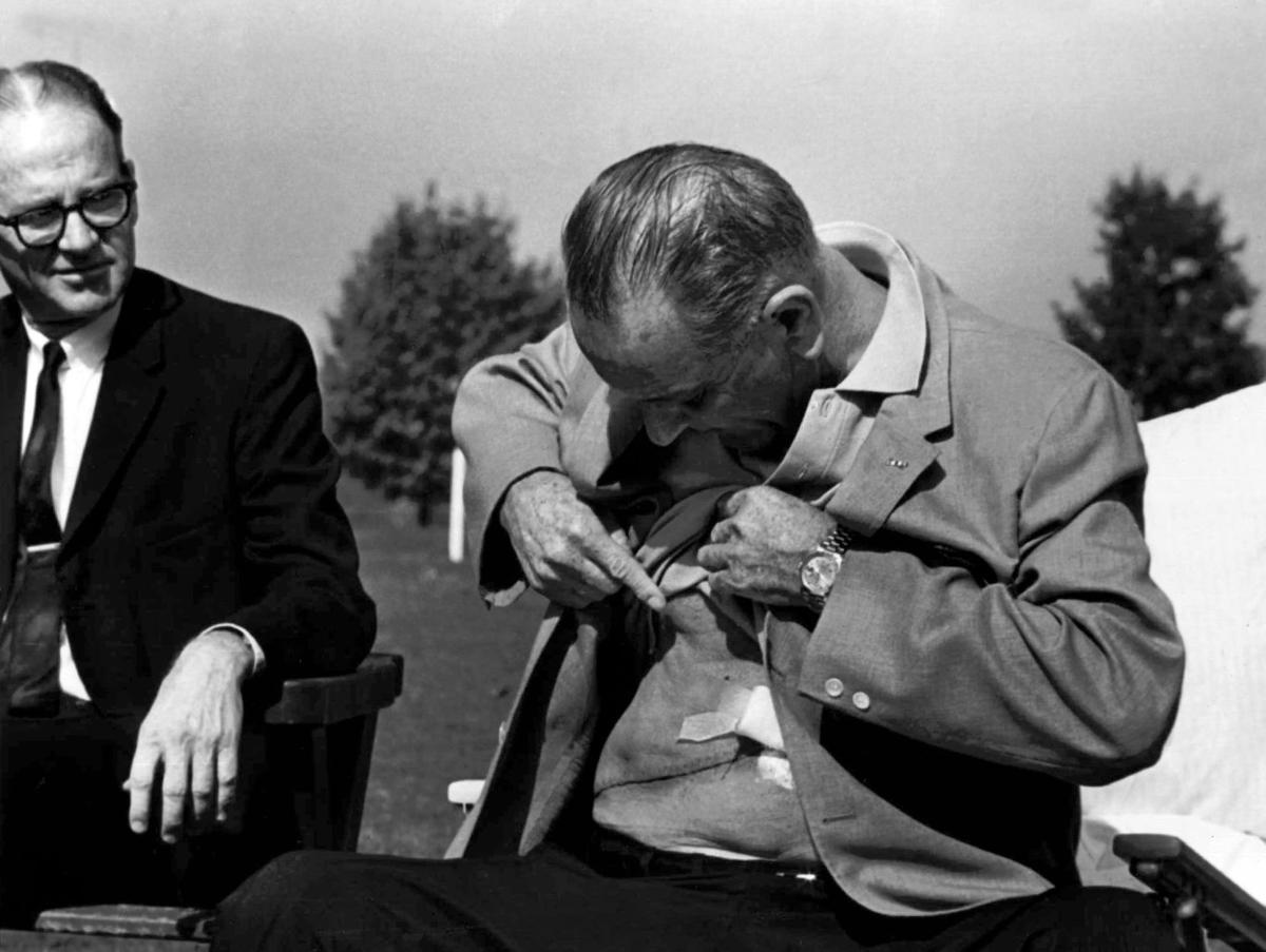 the position of president lyndon b johnson on vietnam war Lyndon b johnson: foreign affairs initiative in the lyndon johnson presidency was the vietnam war soviets was colored by the vietnam war, the president.