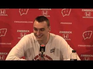 Video: Badgers' Sam Dekker rips critic who didn't know UW was in Final Four