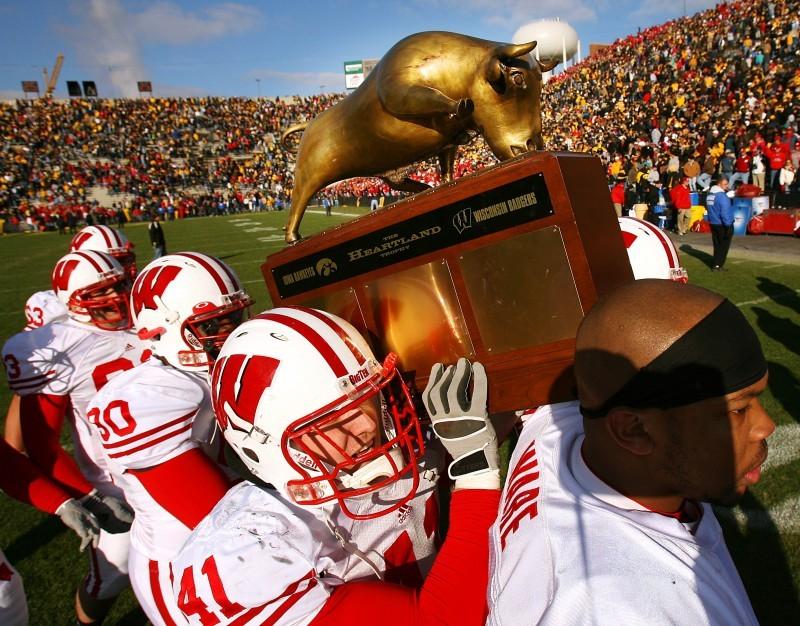 Heartland Trophy, UW football at Iowa