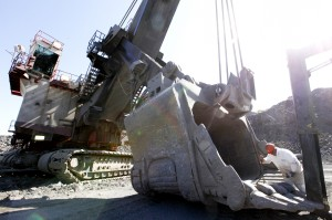 As mine legislation appears dead, finger pointing begins