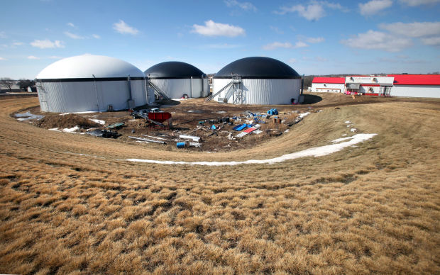 Waunakee manure plant polluting the air as well as water, DNR alleges