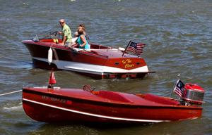 Photos: Antique and Classic Boat Show at The Edgewater Pier