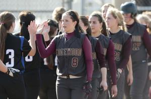 Photos: Edgewood softball defeats Lodi