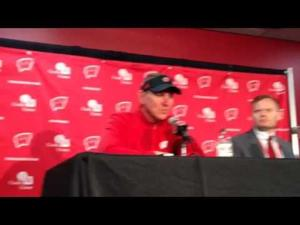 Video: 'That defense was swarming to the ball,' UW coach Gary Andersen says after routing Maryland