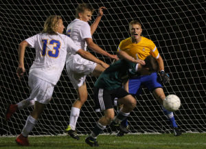 Prep boys soccer: Madison West and Madison Memorial play to scoreless tie