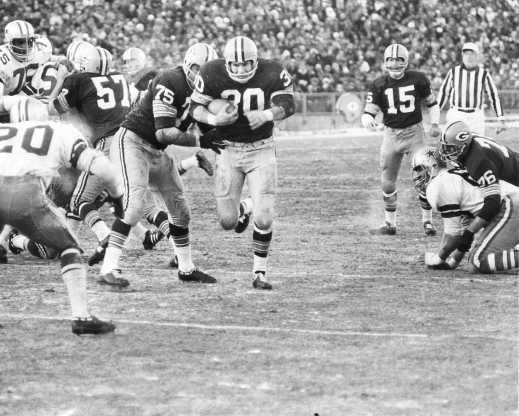 The Ice Bowl - Football History | Pro Football Hall of Fame ...