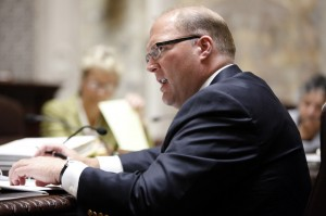 Lawmaker calls for ouster of Justice Gableman