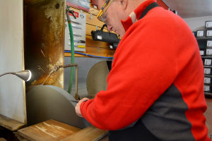 Madison Style: Store specializes in knife sharpening