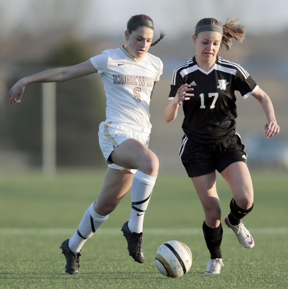 waunakee girls Waunakee's nate stevens named the area's top baseball athlete for 2018 jun 27, 2018  14 area girls soccer players earn all-state recognition jun 28.