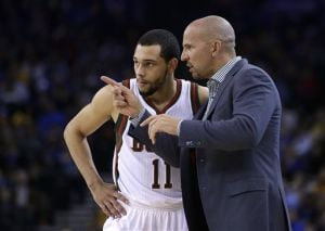 Video: Slumping Bucks close winless trip with loss to Warriors