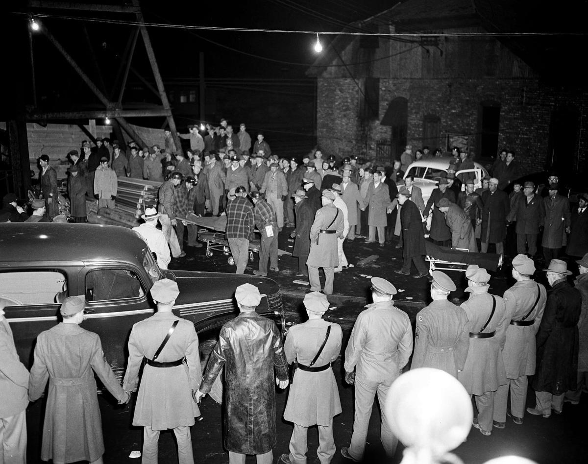 the centralia disaster In the centralia mine disaster on march 25, 1947, the centralia no 5 coal mine exploded near the town of centralia, illinois, killing 111 people.