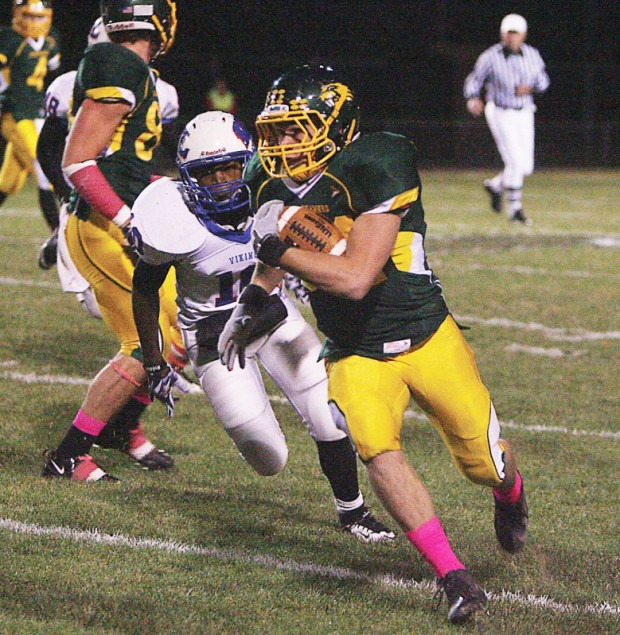 Little Ten football: Wisconsin Lutheran pulls away late against