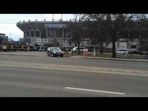 President Obama's motorcade departs Boise State