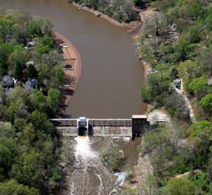 Lake Jackson dam