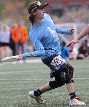 Arlington school system to make Ultimate Frisbee an official sport