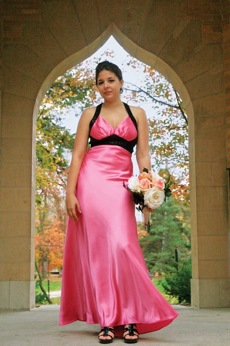 Wedding color schemes grow brighter more varied unions for Non traditional wedding dress colors
