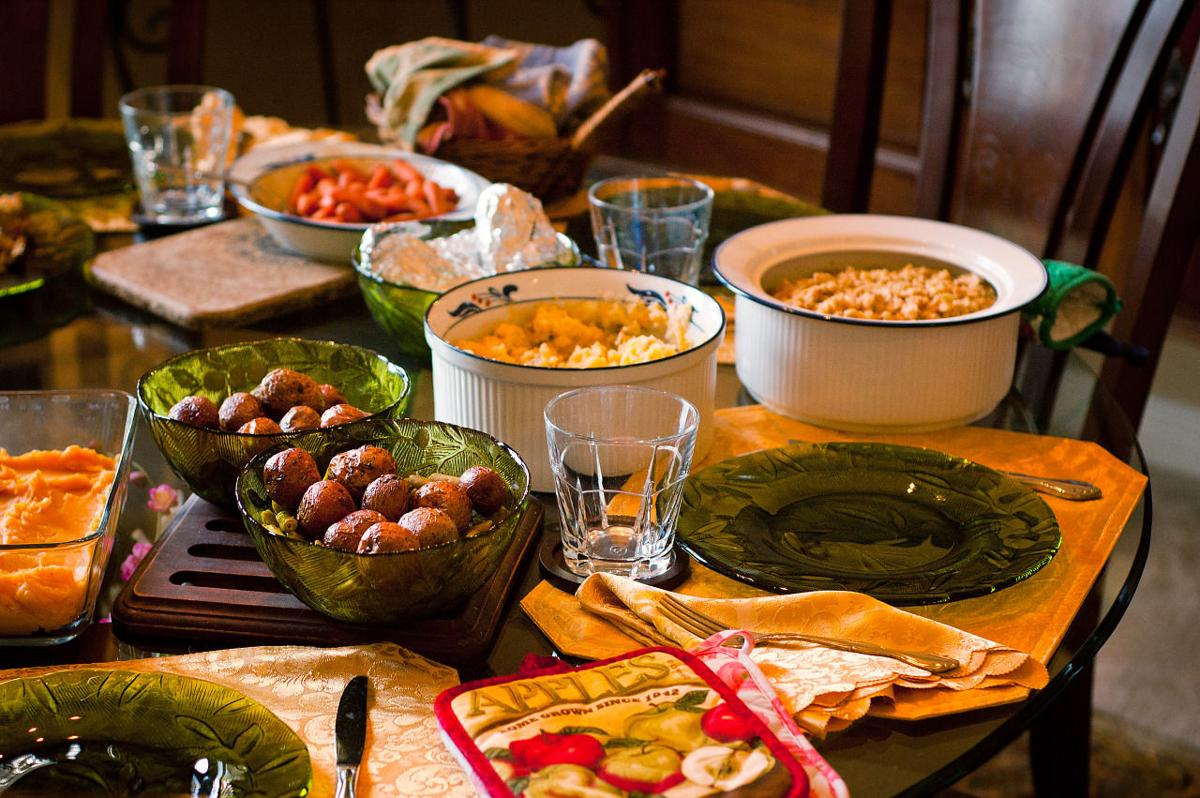 Family dinner table with food - Family Dinner Table With Food 1
