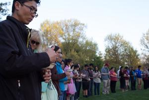 Candle light vigil honors thousands dead from Nepal earthquake