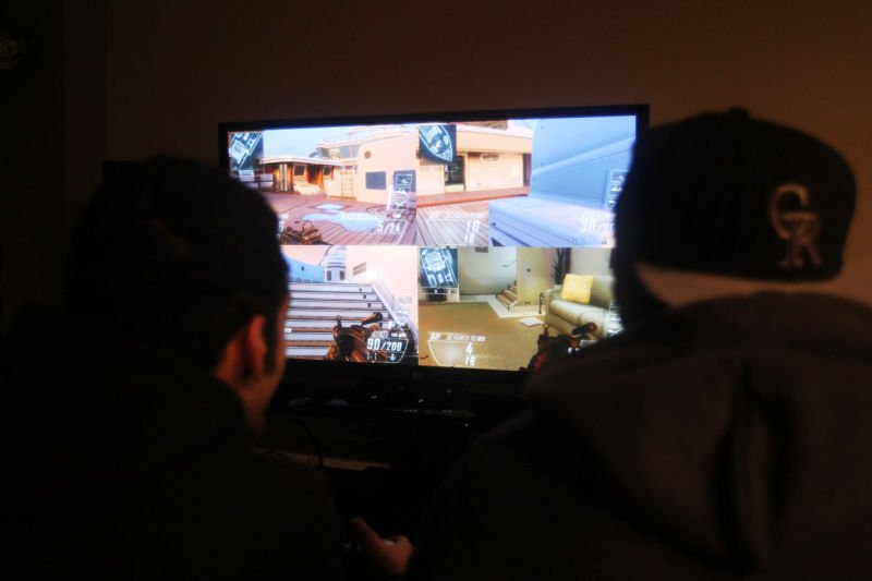 violent video games and their influence Video game addiction has become a prevalent concern, and some researchers suggest impressionable adolescents may be driven to brutality by the violent fantasy world of video games that they immerse themselves in.