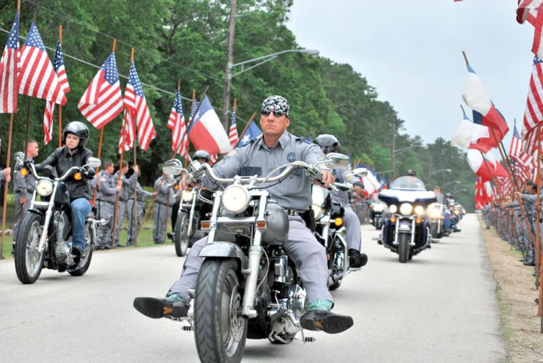 Officer honored with ride, ceremony | | itemonline.com