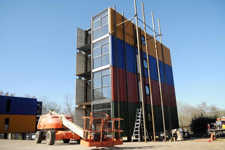 Wagamon enterprises turning shipping containers into Container appartement