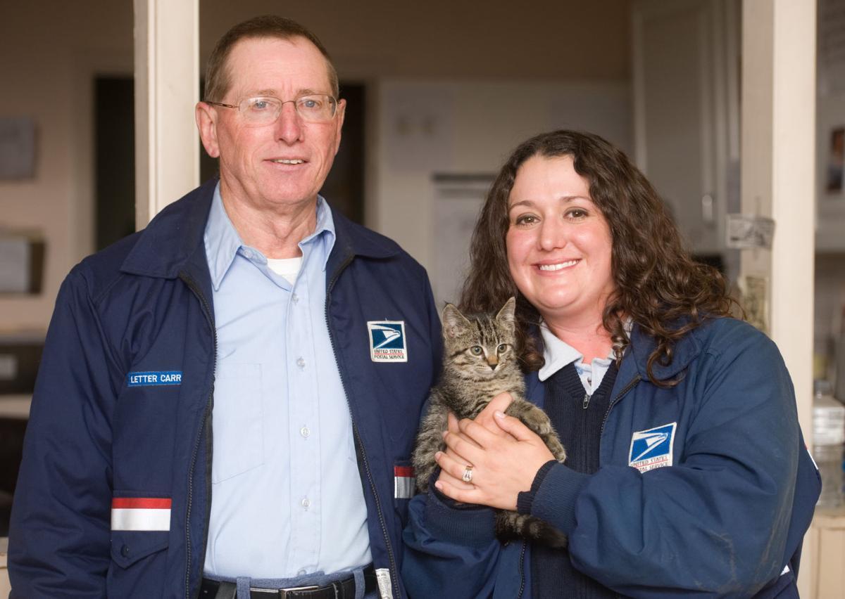USPS Rescues Kitten 11/22/16